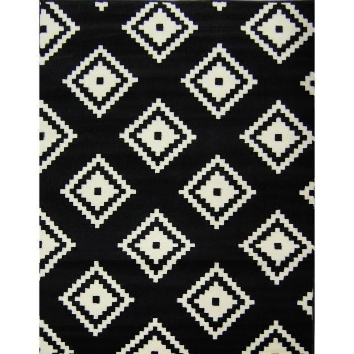 Tapis Graph noir - blanc 160*230 cm pour 45€