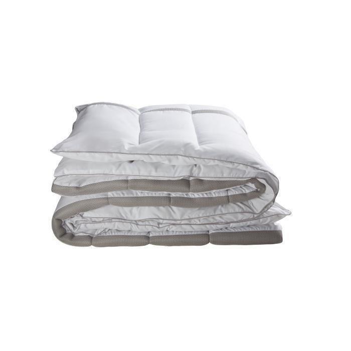 bultex couette mi saison 3d 240x260 cm blanc et gris achat vente couette cdiscount. Black Bedroom Furniture Sets. Home Design Ideas