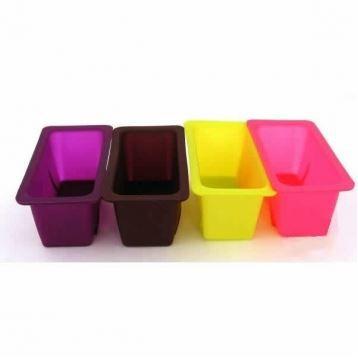 lot de 4 mini moules cake en silicone d mou achat vente moule lot de 4 mini moules. Black Bedroom Furniture Sets. Home Design Ideas