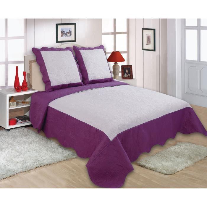 boutis bicolore lys 1 couvre lit 220 x 240 cm et 2 taies d. Black Bedroom Furniture Sets. Home Design Ideas