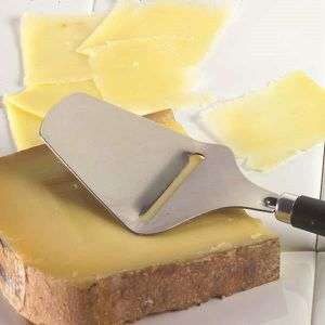 Fromage raclette achat vente fromage raclette pas cher cdiscount - Coupe fromage a raclette ...