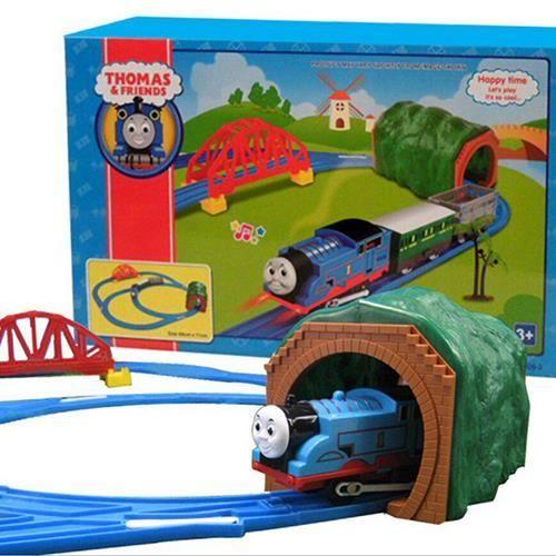 rail lectrique mod le de voiture train jouet pour enfants. Black Bedroom Furniture Sets. Home Design Ideas