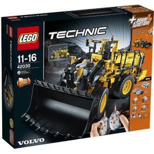 LEGO Technic 42030 La chargeuse Volvo L350F