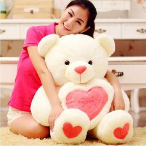 le-nouveau-amour-coeur-tenant-ours-en-peluche-poup