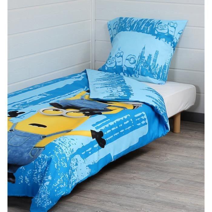 les minions parure de couette 1 housse de couette 140x200 cm 1 taie d 39 oreiller 60x70 cm bleu. Black Bedroom Furniture Sets. Home Design Ideas