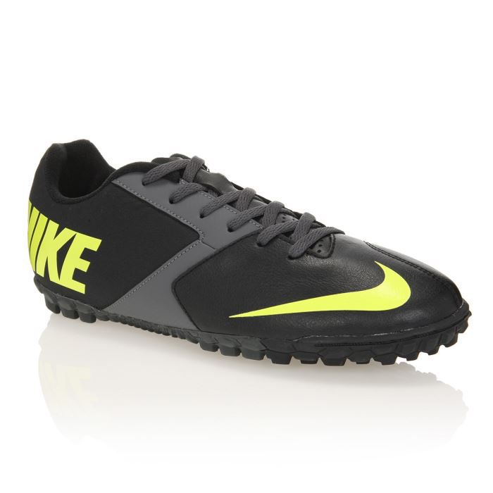 nike chaussures de football bomba 2 turf achat vente chaussure nike bomba 2 turf cdiscount. Black Bedroom Furniture Sets. Home Design Ideas