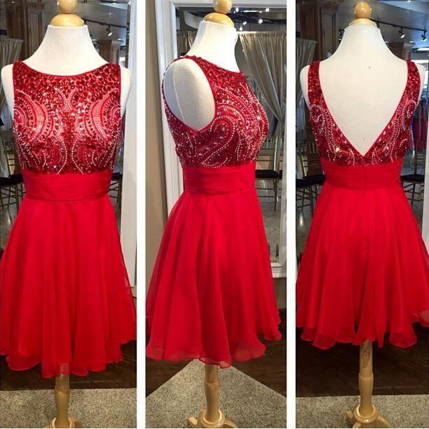 jolie robe rouge de demoiselle d 39 honneur robe courte de. Black Bedroom Furniture Sets. Home Design Ideas