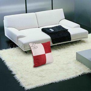 coussin beige et rouge achat vente coussin beige et rouge pas cher cdiscount. Black Bedroom Furniture Sets. Home Design Ideas