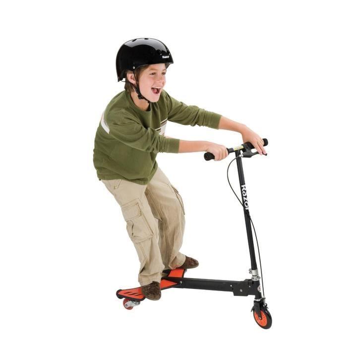 patinette 3 roues powerwing de razor. Black Bedroom Furniture Sets. Home Design Ideas