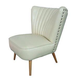 fauteuil cloute achat vente fauteuil cloute pas cher soldes d hiver d s le 11 janvier. Black Bedroom Furniture Sets. Home Design Ideas