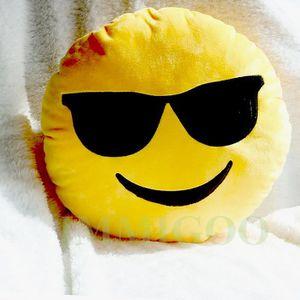 coussin emoji achat vente coussin emoji pas cher les soldes sur cdiscount cdiscount. Black Bedroom Furniture Sets. Home Design Ideas
