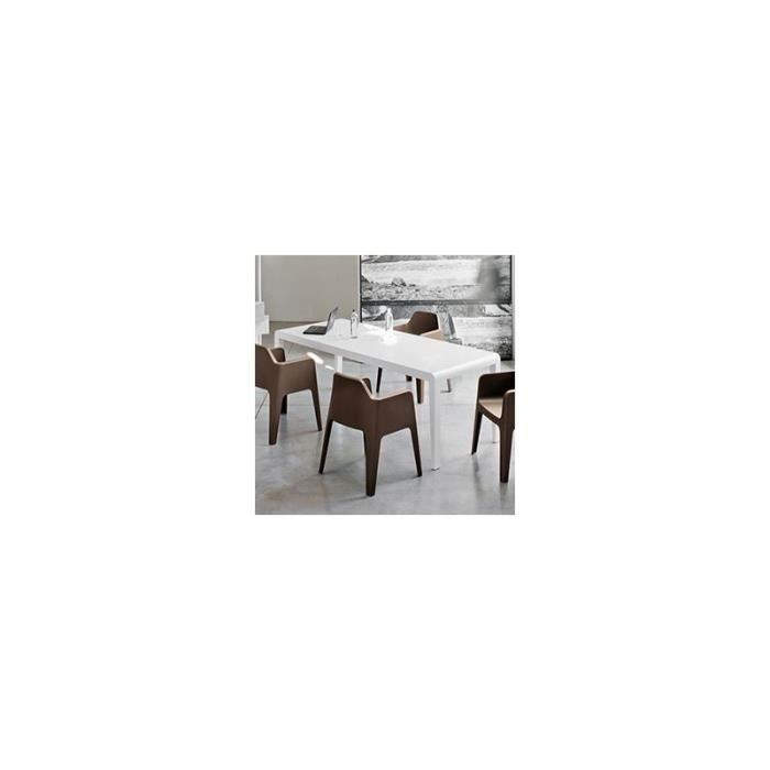 Table de salle manger design ou moderne pedrali exteso for Table salle a manger design occasion