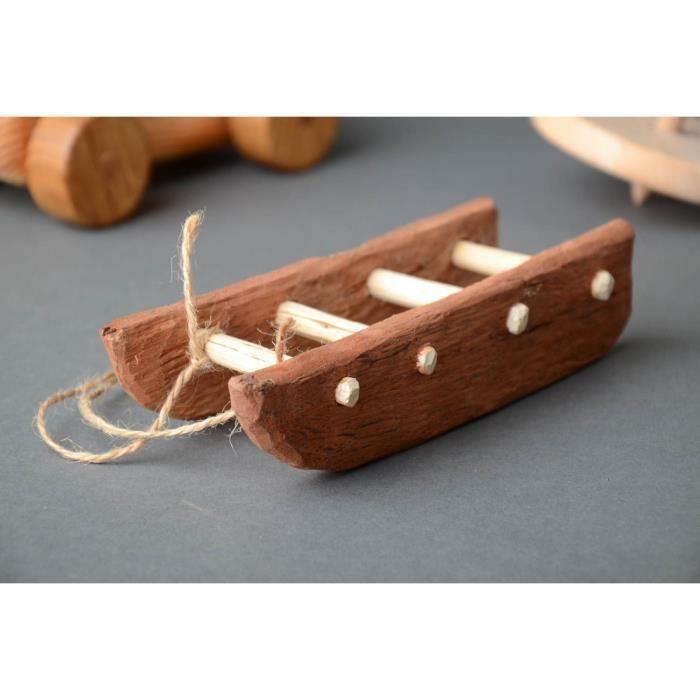 Jouet en bois fait main design original tra neau achat - Objet decoratif original ...