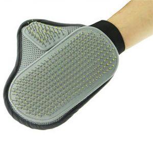 gant pour enlever les poils de chien achat vente gant pour enlever les poils de chien pas. Black Bedroom Furniture Sets. Home Design Ideas