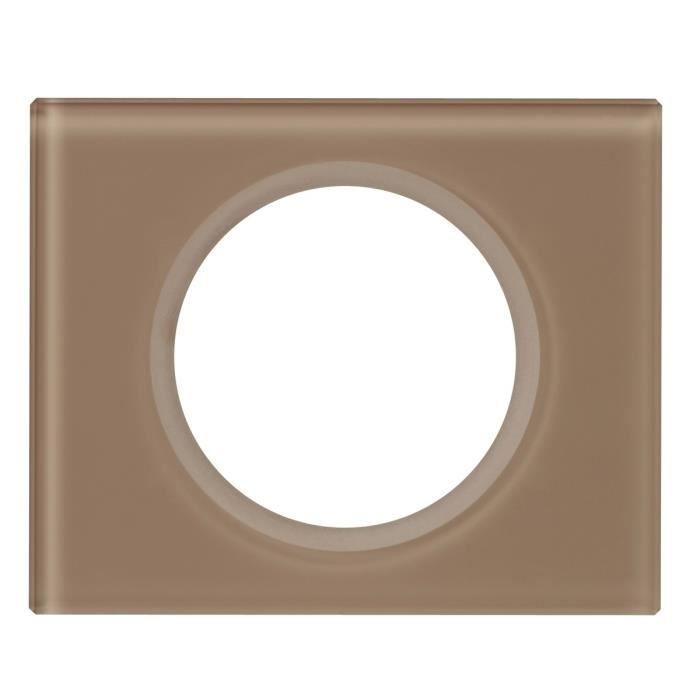 legrand celiane plaque de finition 1 poste verre moka. Black Bedroom Furniture Sets. Home Design Ideas