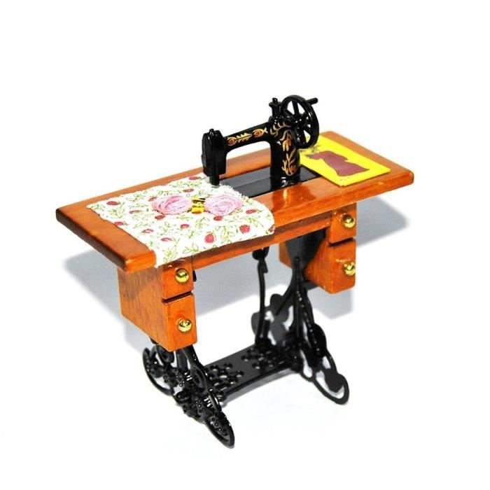 E ting mignon mini vintage machines coudre jouets for Machine a coudre jouet