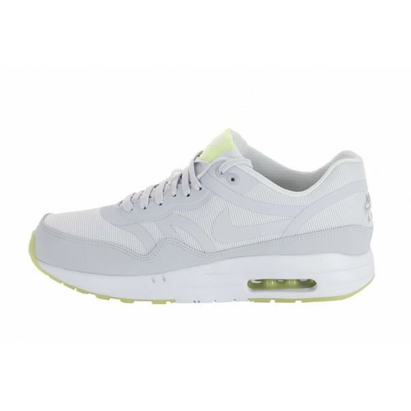 basquette nike air max running chaussures new balance. Black Bedroom Furniture Sets. Home Design Ideas