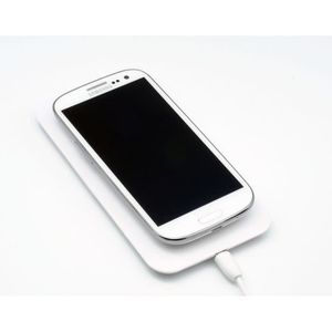 chargeur sans fil nokia lumia 920 achat vente chargeur sans fil nokia lumia 920 pas cher. Black Bedroom Furniture Sets. Home Design Ideas