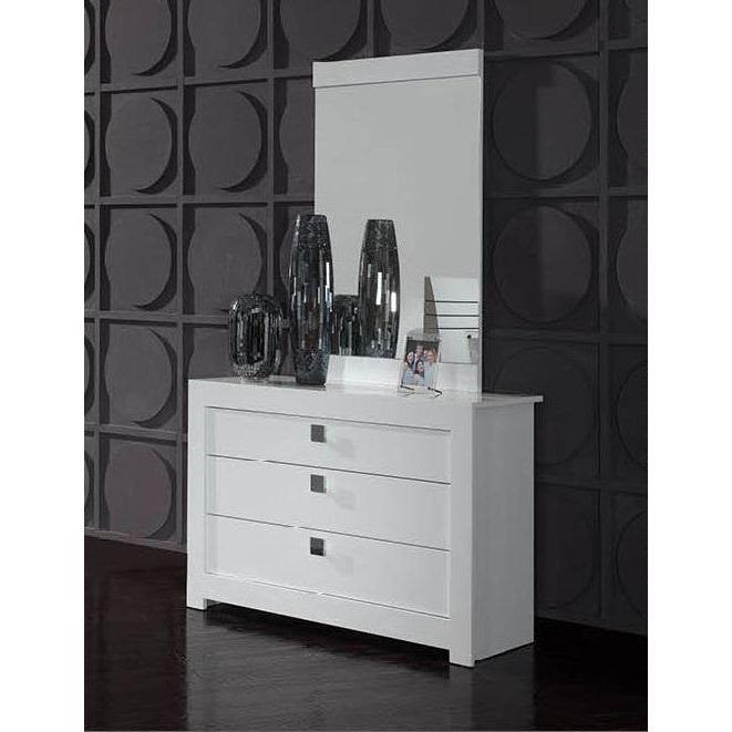 liste divers de emeline k cuisine haut bois top moumoute. Black Bedroom Furniture Sets. Home Design Ideas