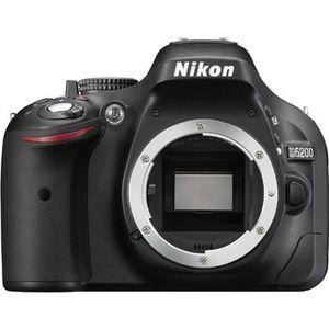 APPAREIL PHOTO RÉFLEX NIKON D5200 Nu
