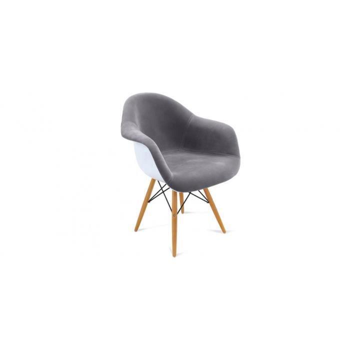 Dans les ann es 1960 charles eames c l bre designer for Achat chaise eames