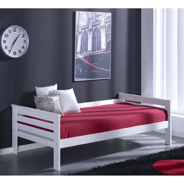 dina lit enfant daybed sommier 90x190cm en pin massif blanc achat vente structure de lit. Black Bedroom Furniture Sets. Home Design Ideas