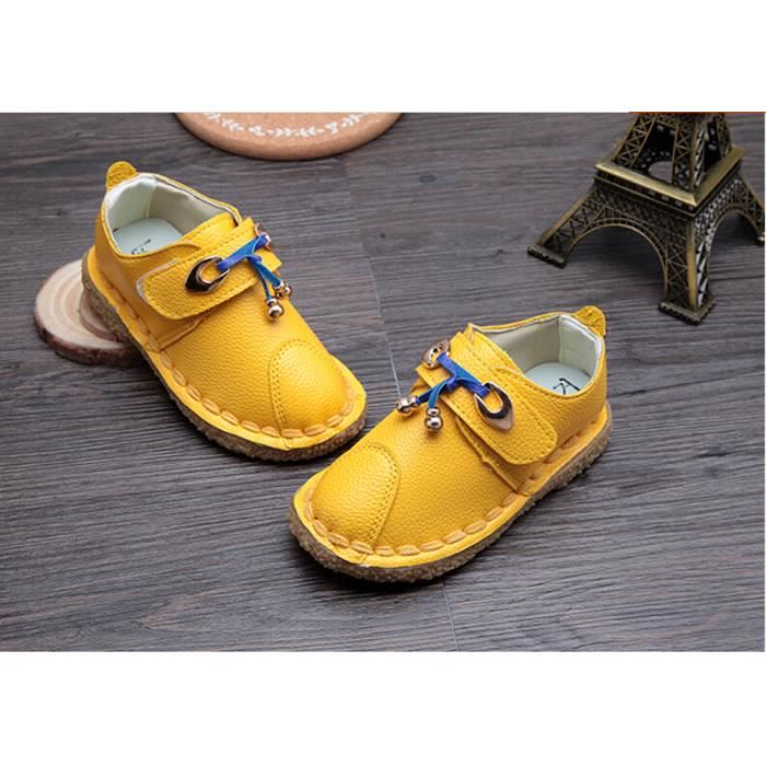 Chaussure bebe yellow - Chaussures qui grincent ...