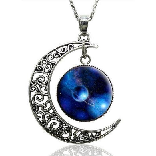 Collier Pendentif lune Réf CH007
