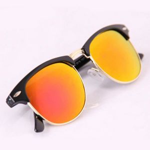 LUNETTES DE SOLEIL Lunettes de soleil Voyage Porter des lunettes
