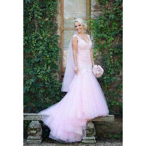 robes de mariee avec traine achat vente robes de mariee avec traine pas cher les soldes. Black Bedroom Furniture Sets. Home Design Ideas