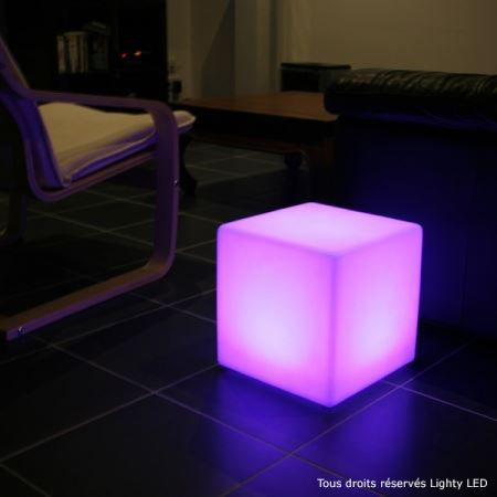 cube lumineux led rechargeable achat vente cube lumineux led rechargeable poly thyl ne. Black Bedroom Furniture Sets. Home Design Ideas