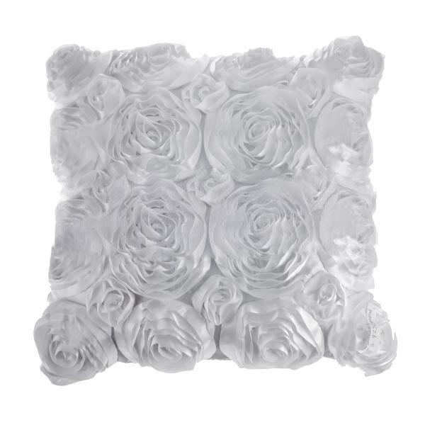 housse de coussin fleur 3d blanc achat vente housse de coussin cdiscount. Black Bedroom Furniture Sets. Home Design Ideas