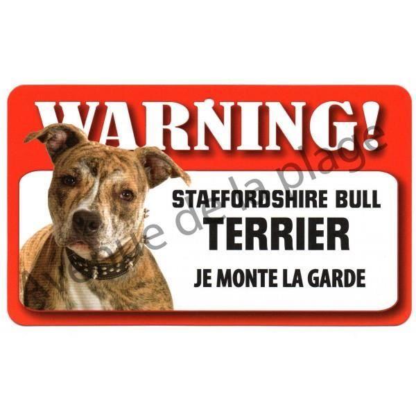 plaque attention au chien staffordshire bull terrier. Black Bedroom Furniture Sets. Home Design Ideas