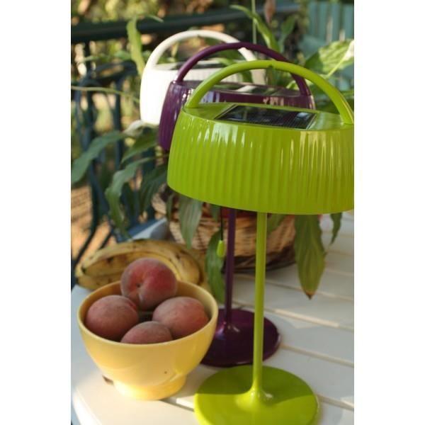 lampe solaire r tro pop verte de table achat vente lampe solaire cdiscount. Black Bedroom Furniture Sets. Home Design Ideas