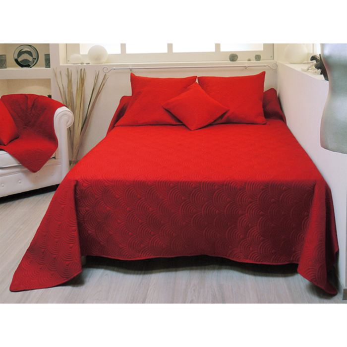 couvre lit matelass r versible suzanne rouge achat vente jet e de lit boutis cdiscount. Black Bedroom Furniture Sets. Home Design Ideas