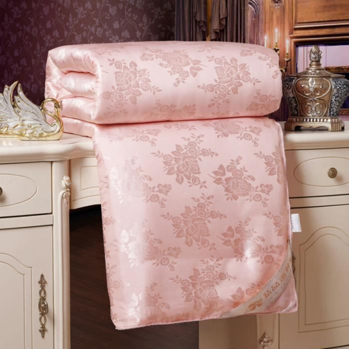 Jade couette matelass e d finir couvre lits hiver for Couvre couette