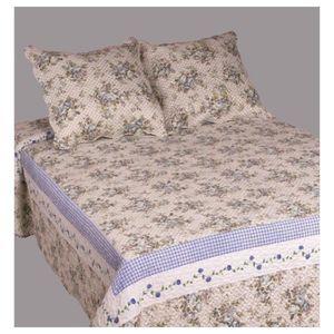 couvre lit jet de lit achat vente couvre lit jet de lit pas cher les soldes sur. Black Bedroom Furniture Sets. Home Design Ideas