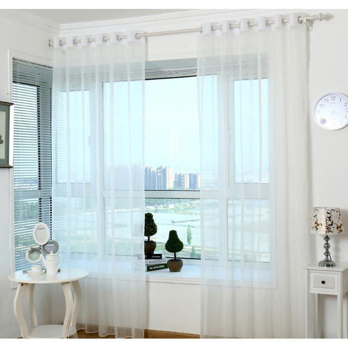 Rideaux de tulle pour chambre blanche rideaux de fen tre for Rideaux fenetre chambre