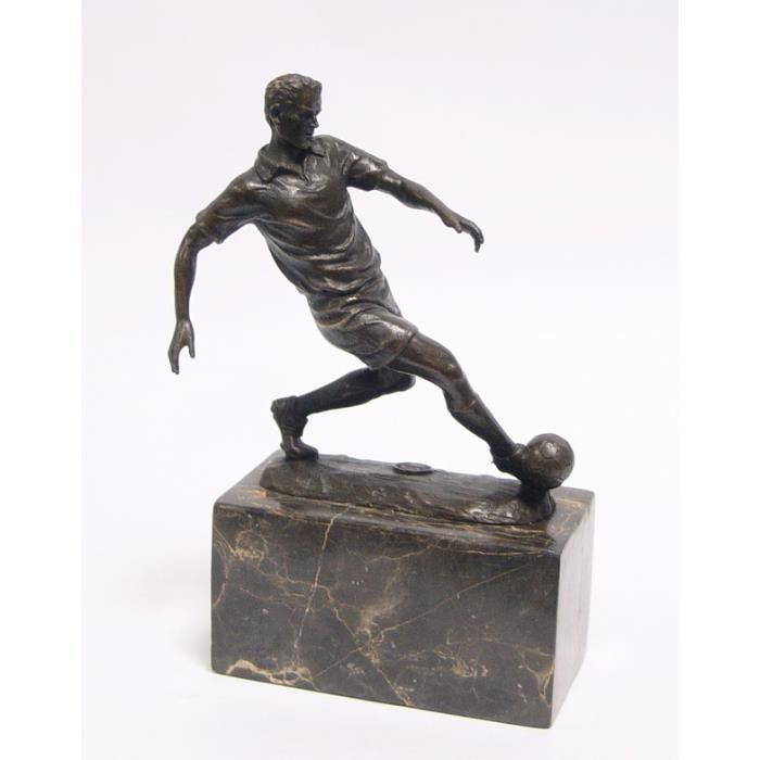 statue sculpture en bronze joueur de football achat vente statue statuette bronze marbre. Black Bedroom Furniture Sets. Home Design Ideas