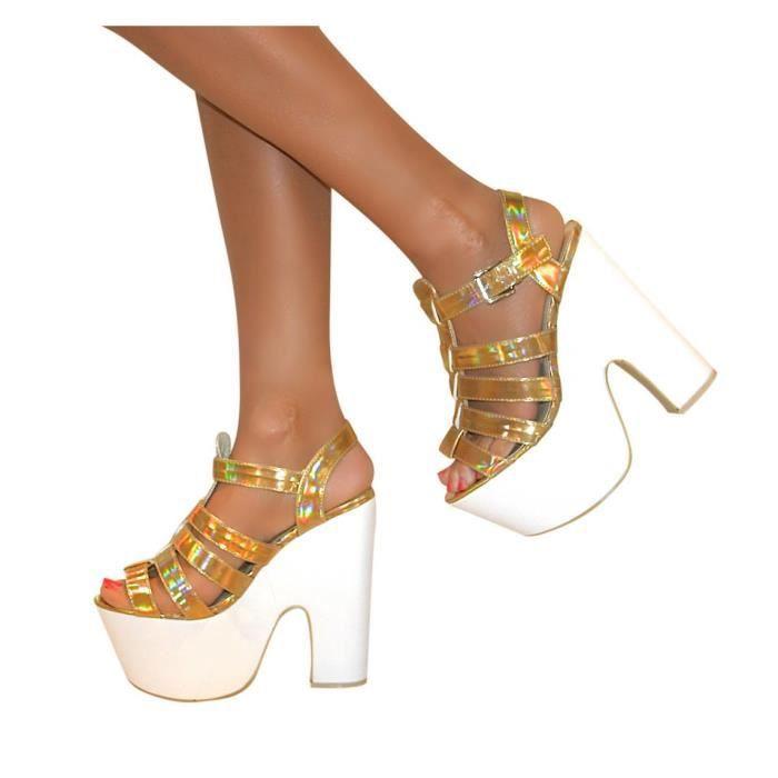 Chaussure A Talon Holographique