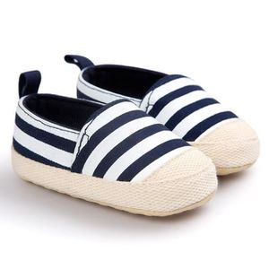 chaussure en toile bebe achat vente pas cher cdiscount. Black Bedroom Furniture Sets. Home Design Ideas
