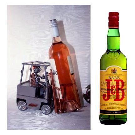 Whisky jb sur son porte bouteille carriste achat vente coffret cadeau alc - Porte bouteille alcool ...