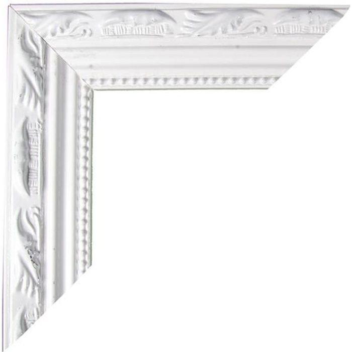 cadre bois blanc moulure 57 x 67 cm achat vente cadre. Black Bedroom Furniture Sets. Home Design Ideas