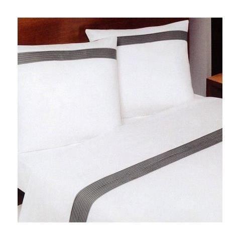 housse de couette percale pliss e 220x240 2 taies 65x65 blanc gris achat vente housse de. Black Bedroom Furniture Sets. Home Design Ideas