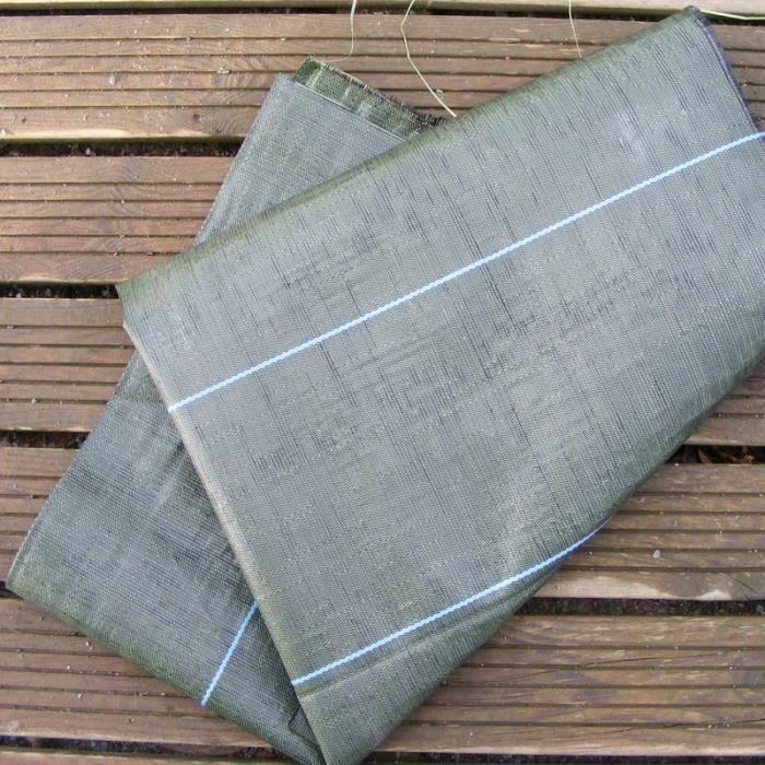 Toile tiss e pour paillage de haie d 39 arbustes l 1 50 m for Toile verte pour jardin