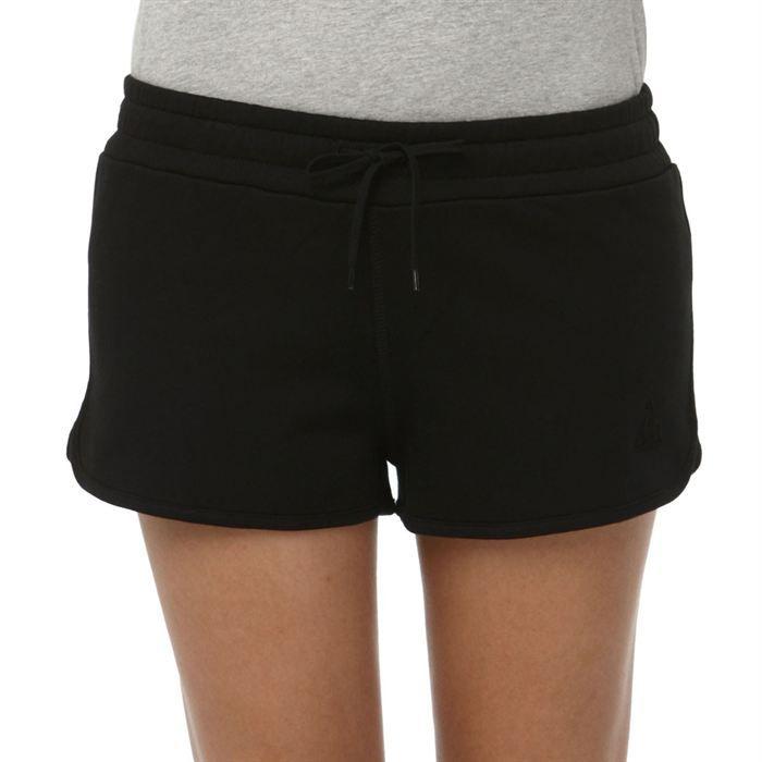 le coq sportif short super shorts femme noir achat vente short bermuda le coq sportif. Black Bedroom Furniture Sets. Home Design Ideas