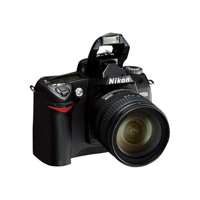 nikon d70s bo tier nu appareil photo reflex num rique achat vente appareil photo r flex. Black Bedroom Furniture Sets. Home Design Ideas