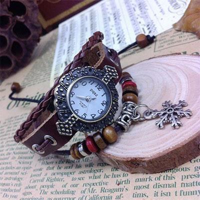 Montre bracelet cuir d coration flocon de neige achat vente montre soldes cdiscount for Montre decoration
