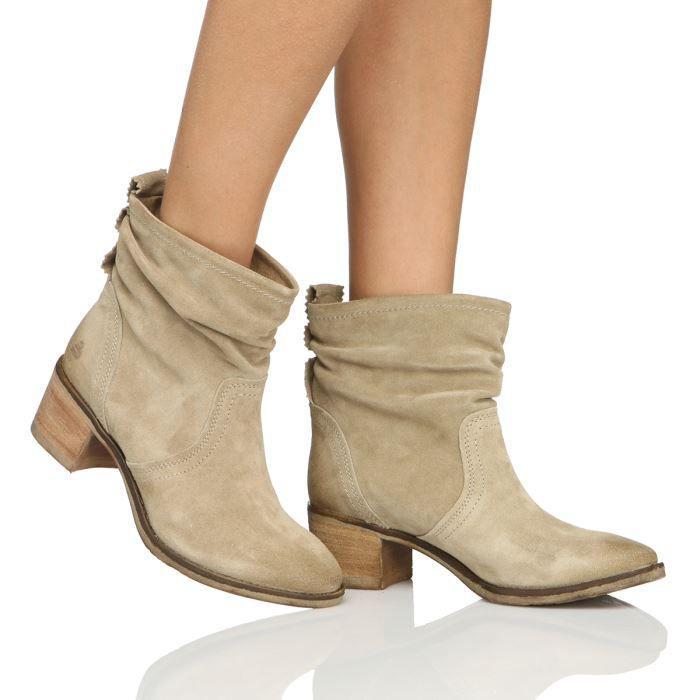 UGG bottes pour les femmes sur la vente