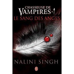 LIVRE SCIENCE FICTION Chasseuse de vampires Tome 1